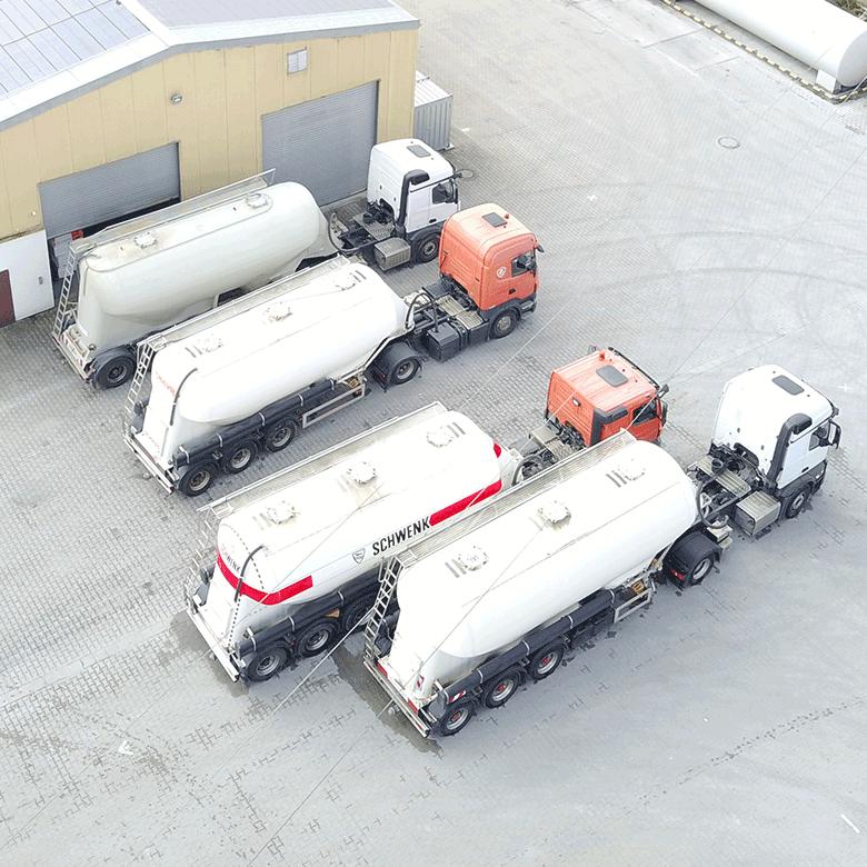 Silotransporte und Baustofftransporte bei Alwin Mayr Spedition in Dillingen